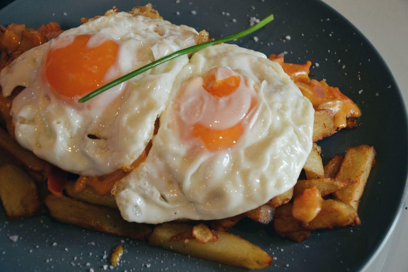 Bares donde comer huevos rotos en Zaragoza