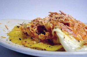 huevos rotos en zaragoza: doña casta