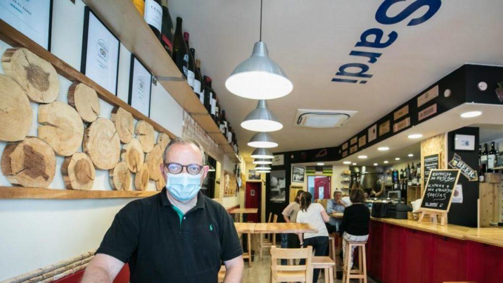 Bar con barra: Bar Sardi Zaragoza
